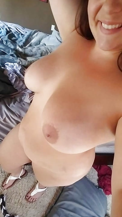 Selfie mollige nackt Mollige Ehefrau