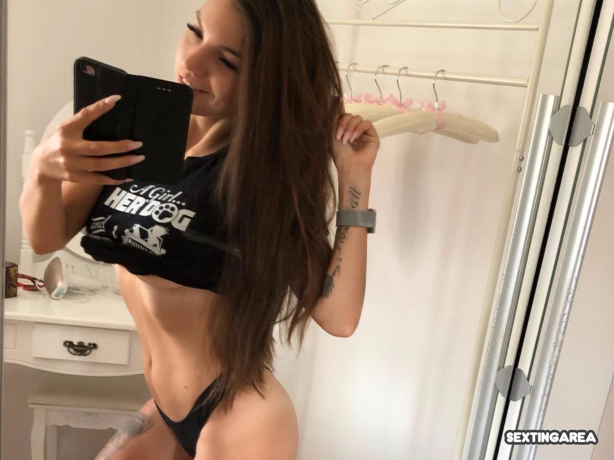 Ich bin ein Fitness Girl, wer findet mich sexy??